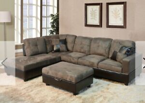 Excellent Condition Large Sectional Couch (Pull out bed)