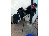 Full set mens right hand golf clubs / bag ect