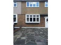 An Immaculate 3 bedroom house in available now in Romford RM2