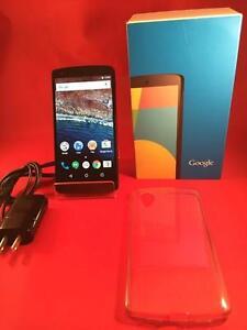 LG/Google Nexus 5 ( Déverouillé pour toutes les compagnies ) comme neuf