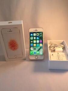 Apple - iPhone Se - Rose - 16GB - Telus/Koodo à l'état neuf encore sous garantie
