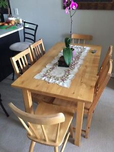 Dining table set of 7 for sale