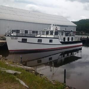 50 Foot Steel Hull Boat - Sleeps 9