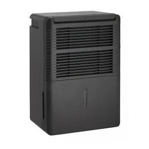 Climatiseur, déshumidificateur portatif de Danby, capacité de 33L, noir