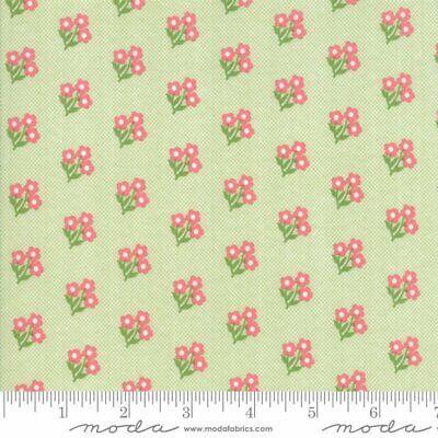 Lollipop Garden Fabric #5082-11 Green Apple Pink Floral Quilt Shop Quality Moda](Pink And Green Lollipops)