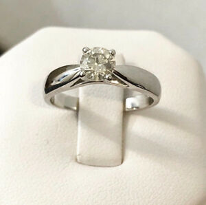 14k gold .54ct. diamond engagement ring *Appraised @ $3,800