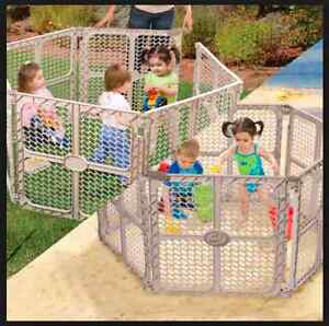 Summer Infant Secure Surround Play Safe Play Yard Gate