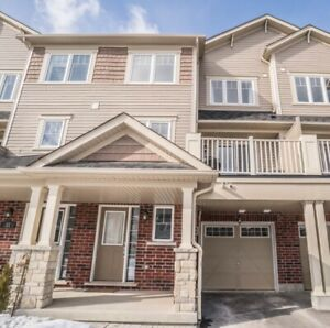 Beautiful Open Concept Freehold Townhome!!