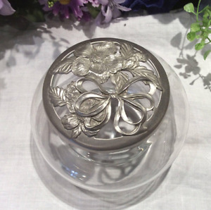 Beautiful Glass Bowls with Canadian Nova Scotian Seagull Pewter