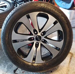 4 mags Kia Sportage pneus d'été 235-55-18