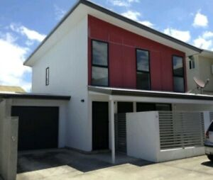 3 bedroom townhouse in Lawnton for rent *Break of Lease Advertising*