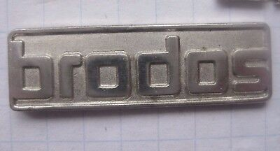 BRODOS SOFTWARE ..............................Computer Pin (142i)