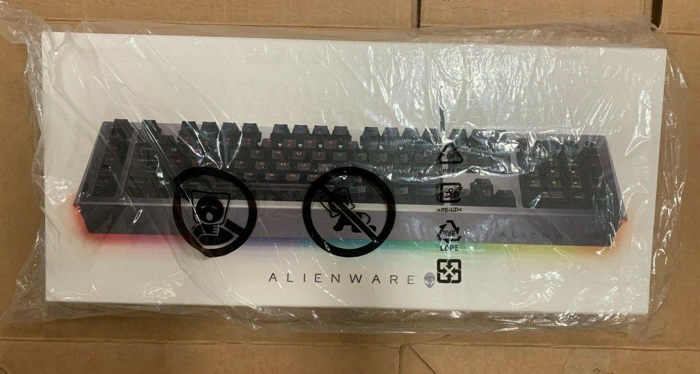 aw768 wired keyboard alienfx 16 8m rgb