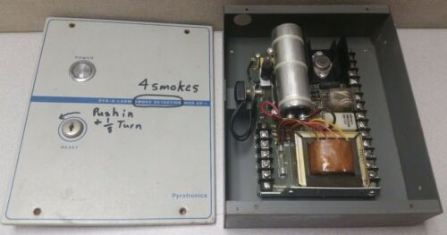 Vintage Siemens/Cerberus/Pyrotronics CR-1 Fire Alarm Control Panel
