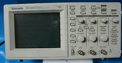Tektronix Tds 210 Two-channel Digital Real-time Oscilloscope 60mhz 1gss R5