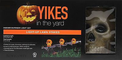 Halloween 3 Skull Light up Lawn Stake Lighted Length 2.5 ft NIB](Skull Lawn Stakes)