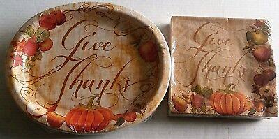 THANKSGIVING Paper Plates & Napkins FRUITFUL THANKS 40 Napkins 20 Platters](Thanksgiving Fruit Platter)