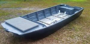 CAIRNS CUSTOM CRAFT 3.8m V nose punt