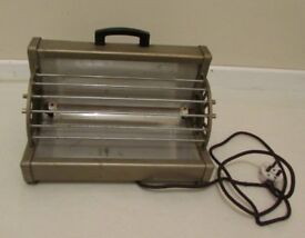 Vintage electric heater props display art and deco boutique DELIVERY WITHIN LE3