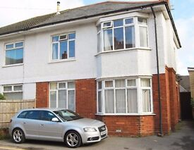 STUDENT HOUSE TO RENT - Four Double Bed House Just off Winton High Street Bournemouth