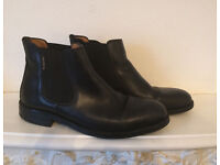 Russell and Bromley Mens Chealsea Boots size 11/45