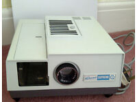 Slide projector from 1970s: GNOME Supreme in full working order with a spare light bulb