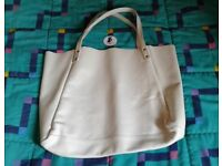 BNWT American Apparel Leather Bag in Off White. Made in USA