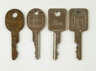 4 Vintage General Motors Car Keys