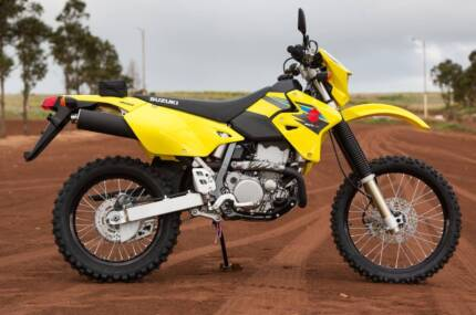 SUZUKI DRZ400 (DR-Z400E) LAMS APPROVED - FREE ENDURO KIT