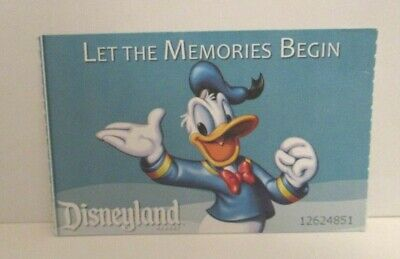 YLAND HALLOWEEN SPECIAL EVENT ADMISSION TICKET DONALD DUCK (Disney Halloween Special)