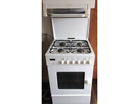 Leisure gas cooker with gas pipe in good working order