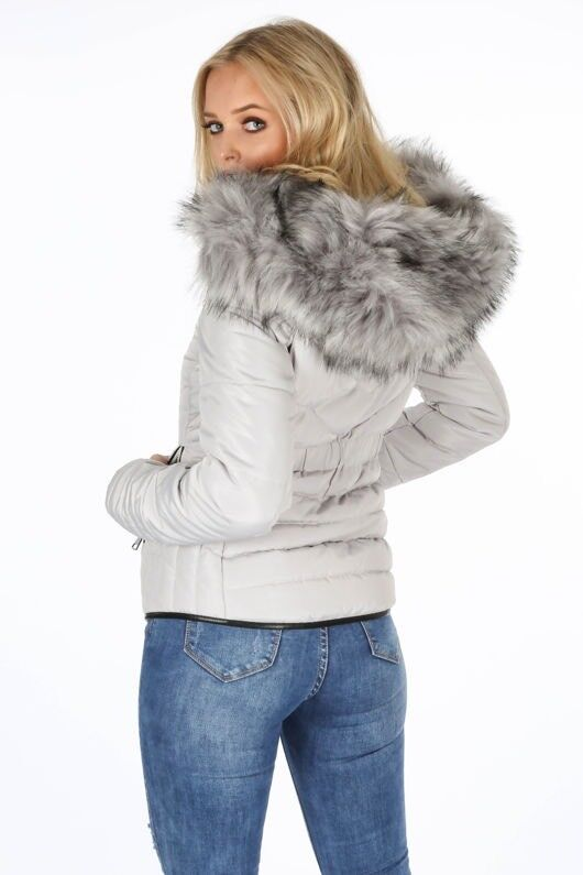 41694a7d455d Brand New Grey Quilted Puffer Jacket with Faux Fur Trim Size 6 - with tags