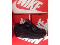Full Black Nike Trainers Brand New Size 6 & 7