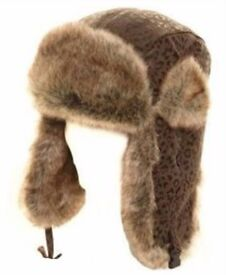 HAT, TRAPPER FAUX FUR AND LEATHER MENS/LADIES SIZE 59CM, LEATHER EAR FLAPS ADJUSTABLE BRAND NEW