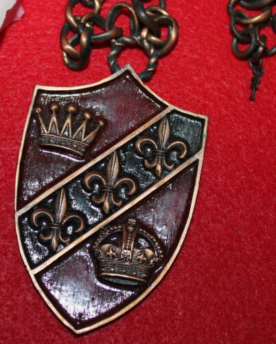 STUNNING LARGE 2 7/8 INCH ENAMEL PENDANT NECKLACE SIGNED CROWN TRIFARI EXC...WOW
