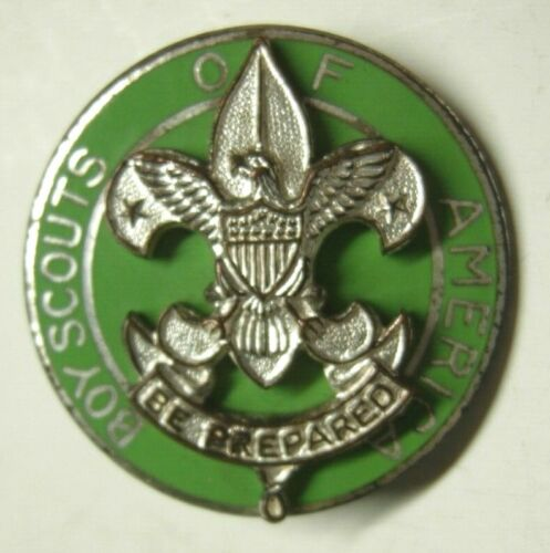 1940s Boy Scouts Scoutmaster Pin - Green Enameled BSA