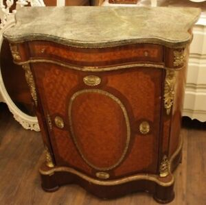 STUNNING LOUIS XV ENTRY COMMODE