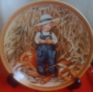 Collector Plates:  Childhood Holiday Memories series