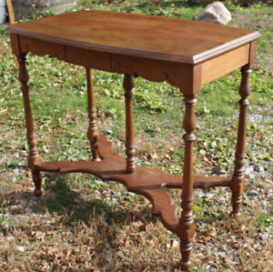 Solid Wood Parlour/Hall  Table