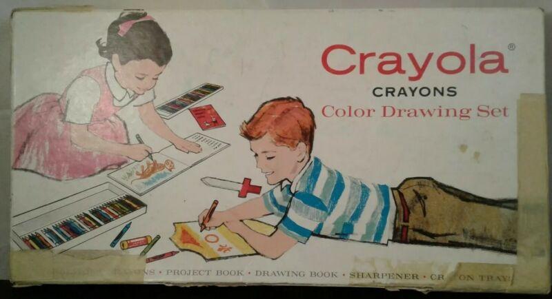 Vintage Crayola Crayons Color Drawing Set