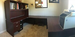 Beautiful mahogany U shaped desk