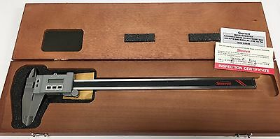 Starrett 721bz-12300 Electronic Caliper 0-120-300mm Range .00050.01mm Res