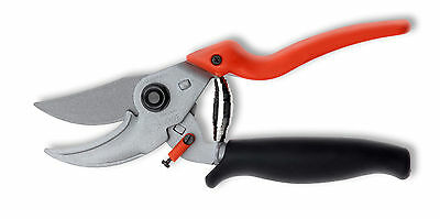 Lowe Bypass Pruning Secateurs with Rotating Handles 9.109