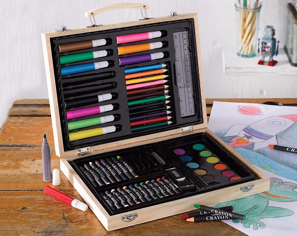 63 Piece Personalised Colouring Set