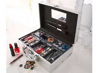32 Piece Vanity Case