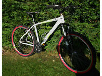 Diamond Back Peak Mountain Bike Alloy Frame 24 Speed Front Suspension Suntour In V.G.C