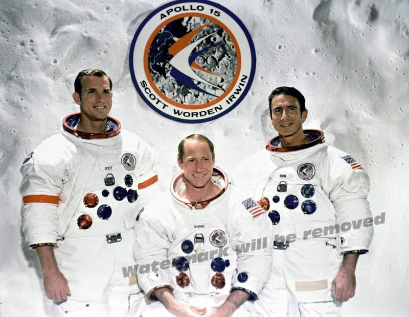 Photograph NASA  Apollo 15 Astronauts Year 1971   8x10
