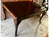 Antique Oak Wood Extendable Table (Medium) + 6 x Quaker Chairs