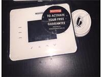 3iE Programmable Thermostat in white