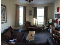 £595pcm. Unfurnished 2 bed flat in Exminster
